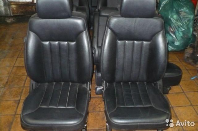 Сиденья Мерседес Мл-164 Mercedes ML-W164 черная кожа