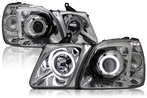 Оптика передняя линзованная хромированная с ангельскими глазками (комплект) для Lexus LX 470